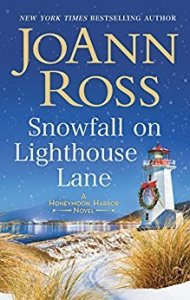 Holiday Reviews: The Twelve Days of Dash and Lily, Snowfall on Lighthouse Lane, and Snow In Love